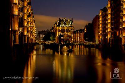 Hamburg – Wasserschloss in der Speicherstadt